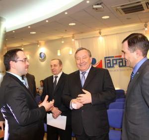 Губернатор Александр Карлин провел интернет – конференцию в компании «ГАРАНТ»